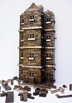 Bronze Lego